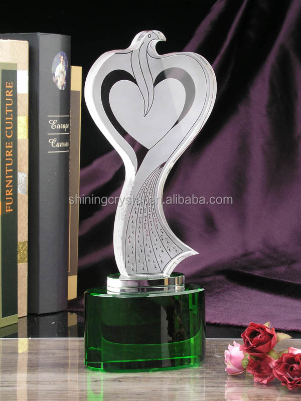 hot sell top design crystal award with golden holder