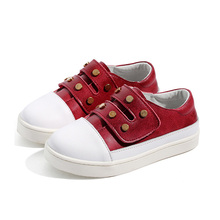 China factory leather red with white flat round toe new fashion style spring rivet design children shoes