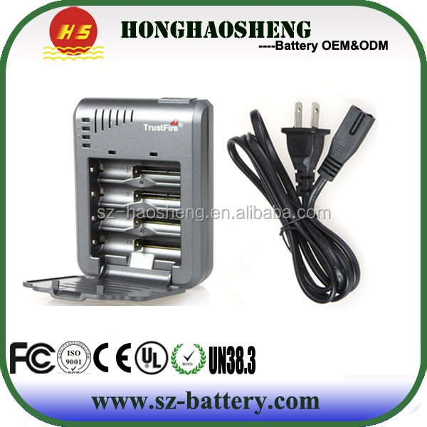 Cheapest and hot sale charger 4 slot cylindrical charger 18650 battery intelli charger by Trustfire