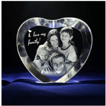 Wholesale Exquisite Cheap 3D Laser Engraving Crystal Heart For Wedding Guest Takeaway Souvenirs