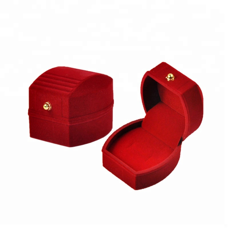 China factory of custom flocking ring boxes for jewellery <strong>packing</strong> and display for shop window and counter red velvet box