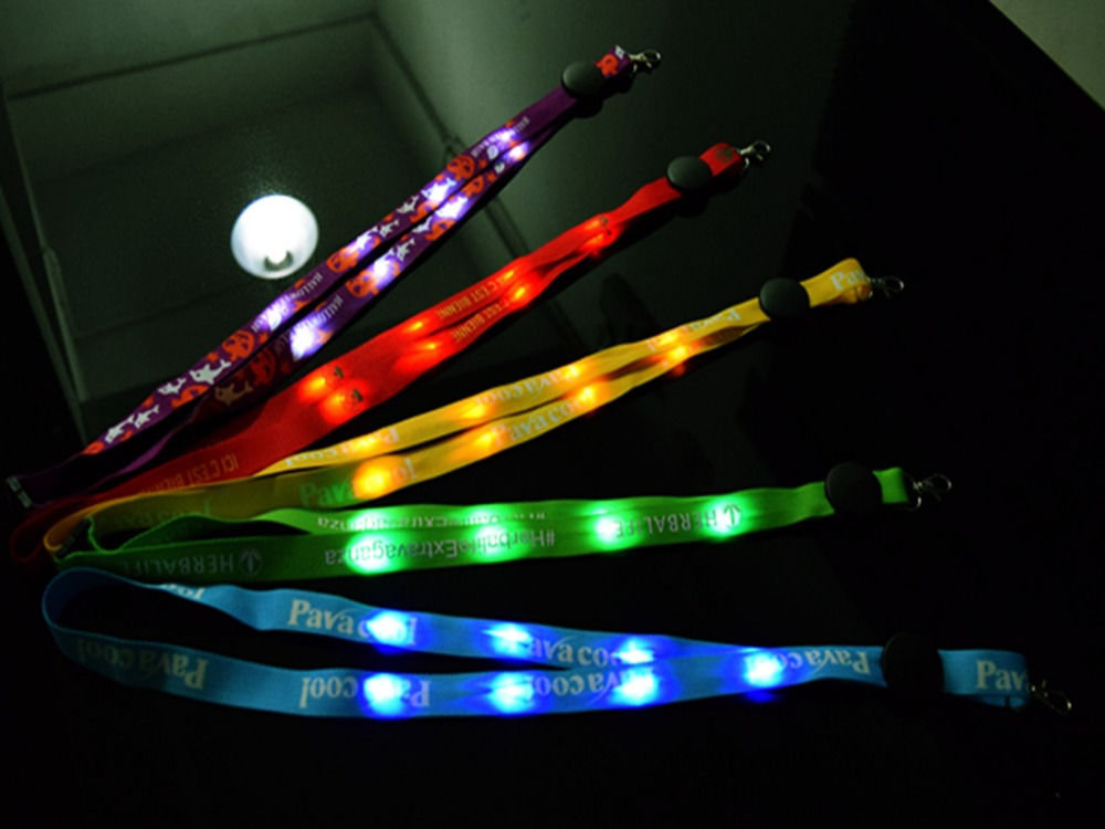 New promotional portable halloween flashing led lanyard