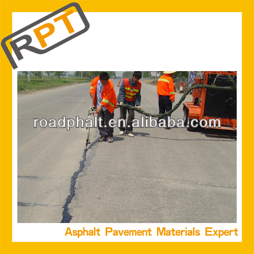 Roadphalt longitudinal asphaltic crack filling