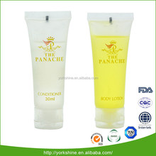 2016 new arrival hotel plastic cosmetic tube contain a set of bath foam and shampoo