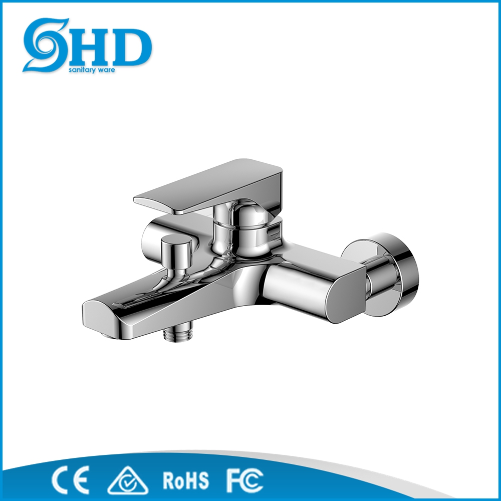 Factory wholesale brass Single Bathtub Faucets Hot and Cold Water Mixer Tap for sale