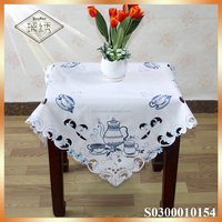 North America elegant embroidery pattern table cloth table runner set