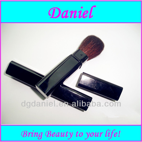 Hot-sale black Disposable Retractable blush brush factory