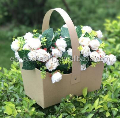 Wholesale cardboard ready made rose boxes with handles made in china