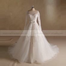 Gorgeous Lace Scoop Neck Long Sleeve Wedding Gown With Long Train Real Pictures