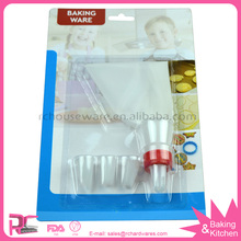 6 piece Cake and Cupcake decorating Nozzle Set