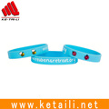 Customized OEM design promotional silicone rubber gift bracelet and wristband with LOW MOQ