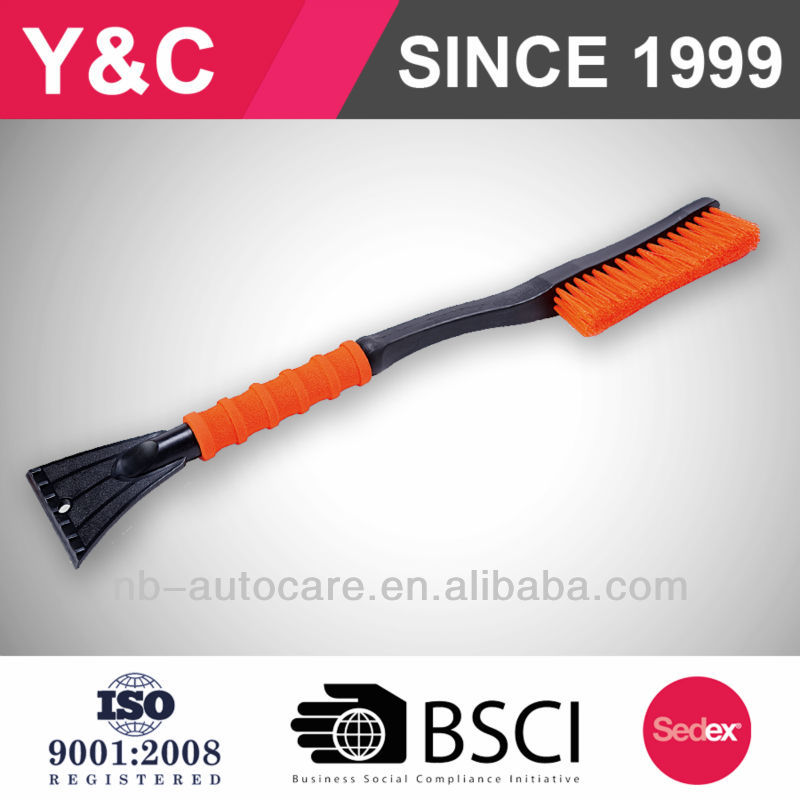 wholesale or retail for europe and us snow brush with removable ice scraper and car snow brush