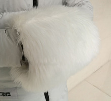 SZPLH Wholesale oversized plush white faux fur hand muff for winter