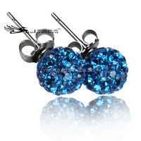 Beautiful stud earring Single stone earring