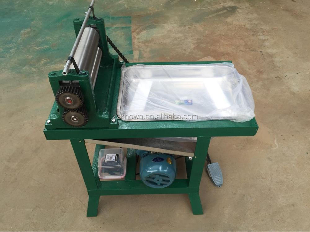 Different roller size electric beeswax foundation sheet maker machine