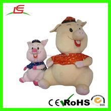 OEM Custom Plush Pig Animal Toy For Kids With Hat Shirt