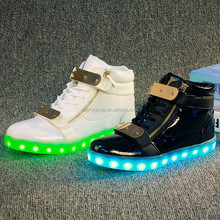 In stock Fashion Casual shoes Men/Women light up adult shoes