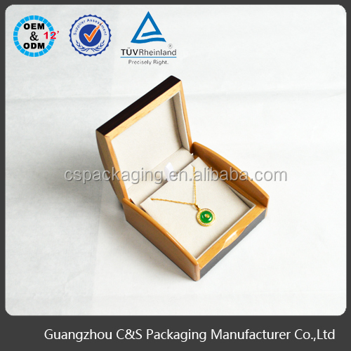 Fashionable Customize high quality wooden box velvet interior for jewelry