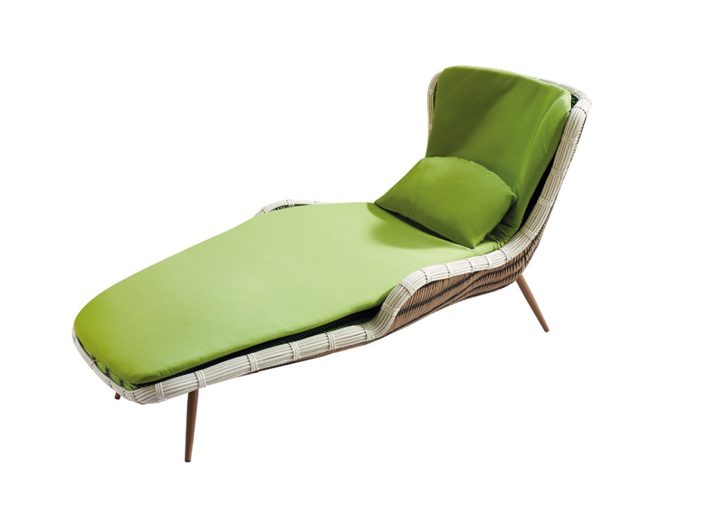Weather Resistant Outdoor Furniture Plastic Rattan Chaise Lounge Chair View