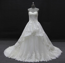 hot sale newest design luxury ball gown lace wedding dress with pretty flowers bridal gown 2017