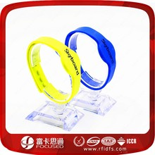 RFID adjustable 1 inch silicone wristbands