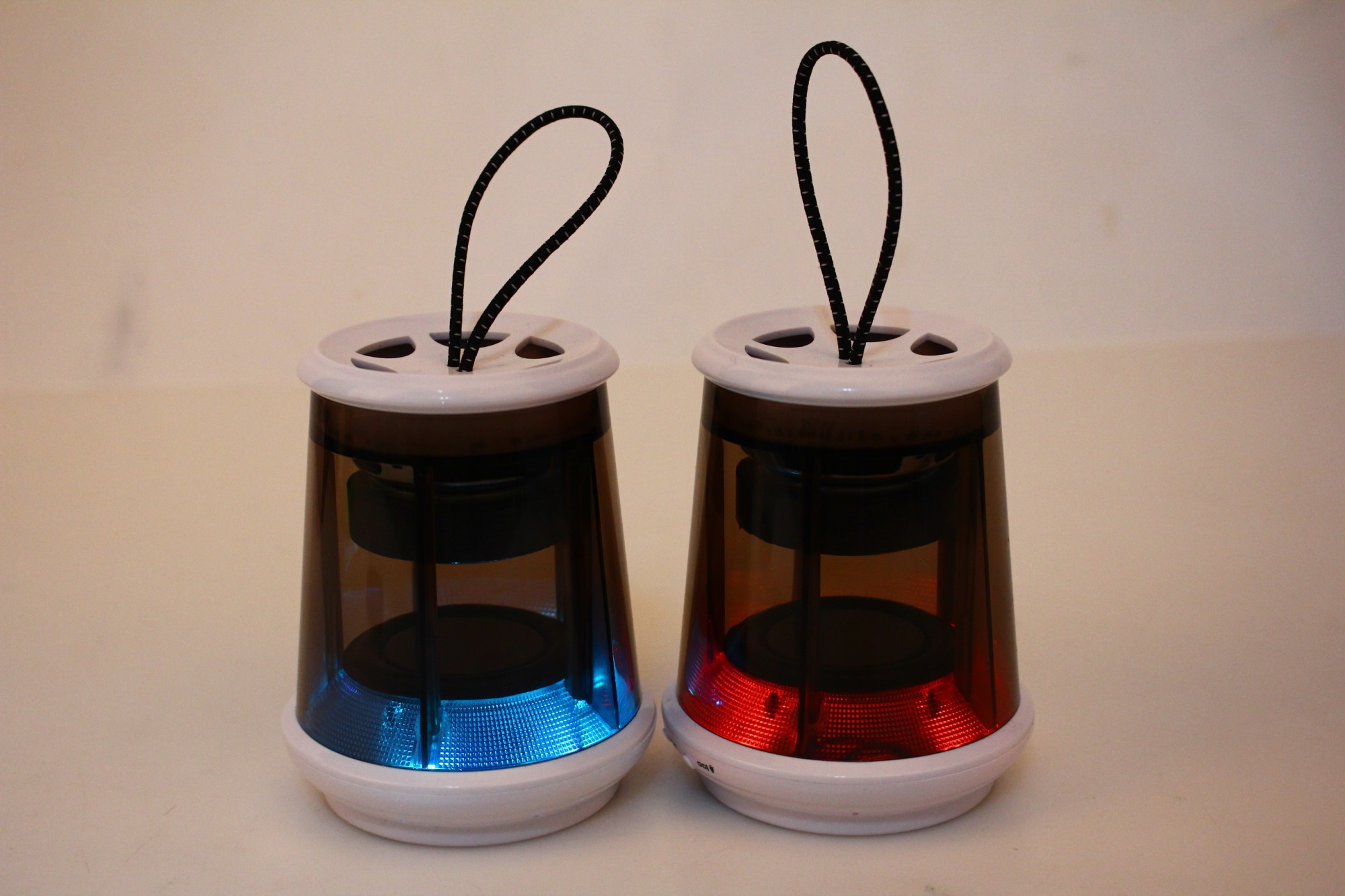 Outdoor  Portable Wireless LED light magnetic blue tooth speaker