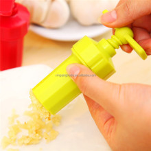 Kitchen Ginger Garlic Manual Press Twist Cutter Crusher Cooking Tool Plastic Garlic presses Blenders peeler