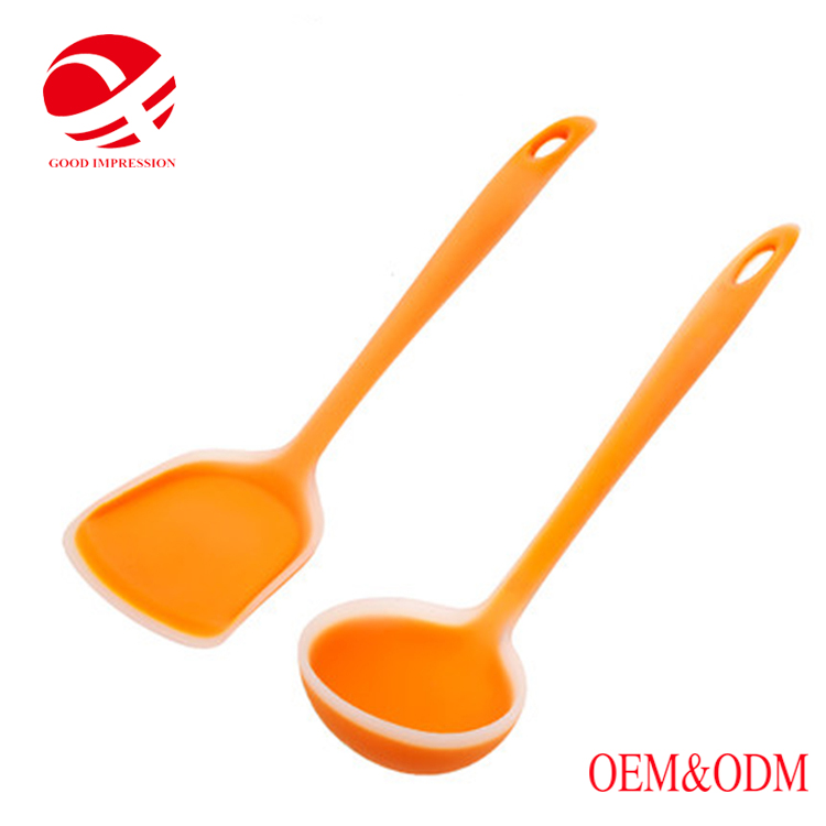 China manufacturer silicone slotted soup ladle made in