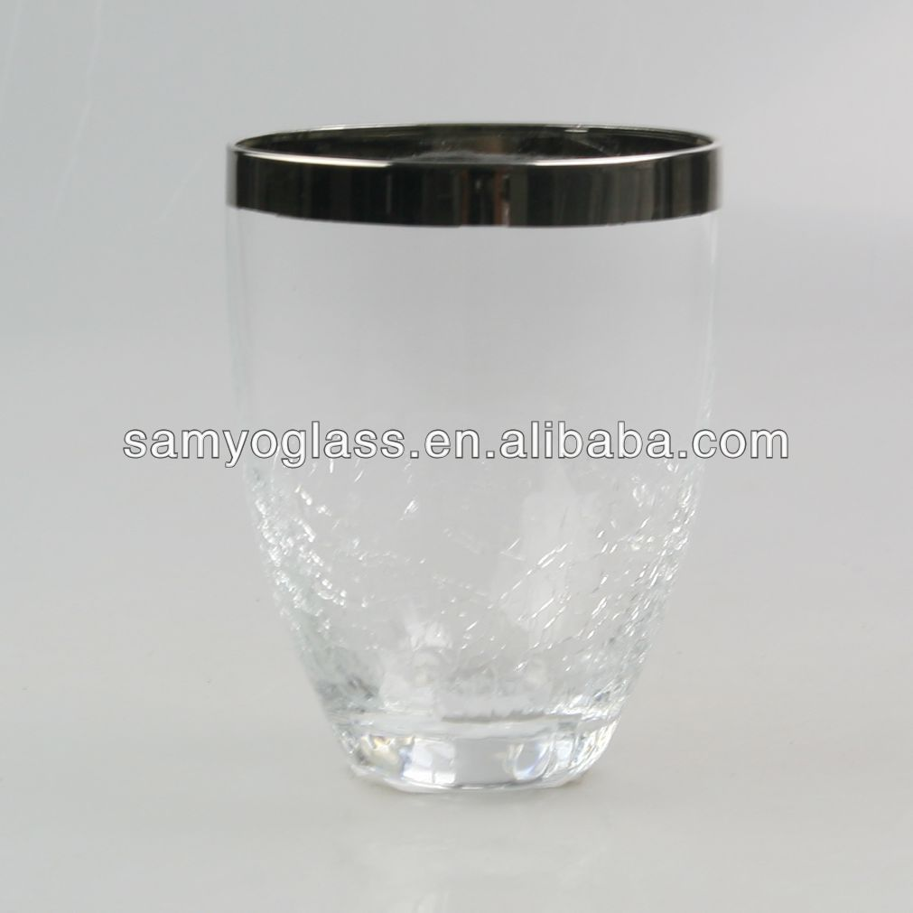 silver rim dof, water drinking glass
