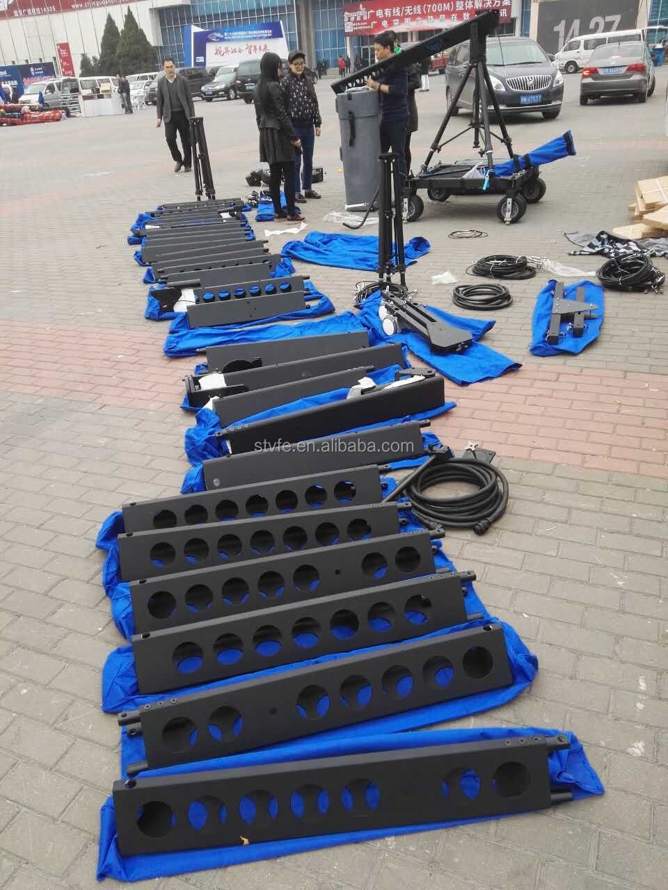 High quality professional stable camera jib crane 4 wheel dolly system 30kg payload windproof holes