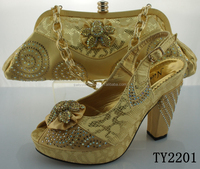 Gold shoes and matching bags / african shoes / italian shoes with matching bags for party dress
