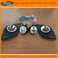 High Quality Original Fog Lamp for Toyota Hilux Revo Hot Selling Fog Lights for Toyota Hilux Revo 2015 2016
