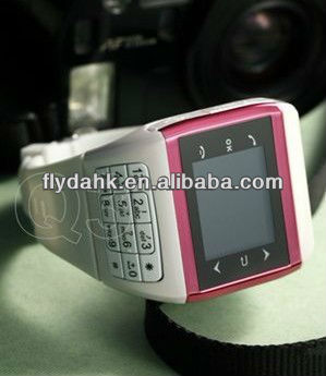 "1.4"" quad band dual sim watch mobile phone Q3"
