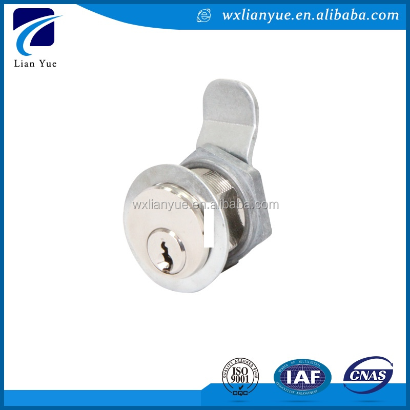 Own factory safe gate locks double key in long life