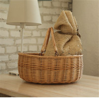 Examples of handicrafts, handicraft products of storage basket