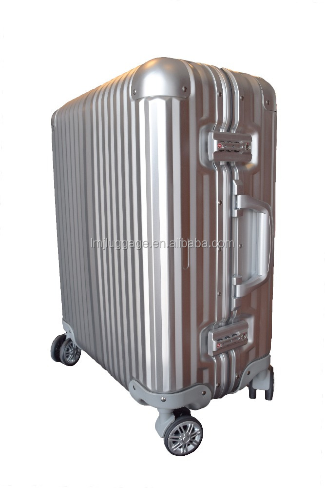 Good quality travel style hot selling luggage universal wheel type luggage case with
