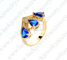 2016 New Beautiful Design Brass Ring with Diamond Wholesale for Ladies with Price