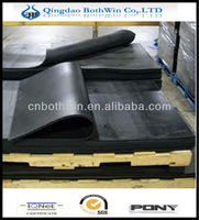 black rubber mats