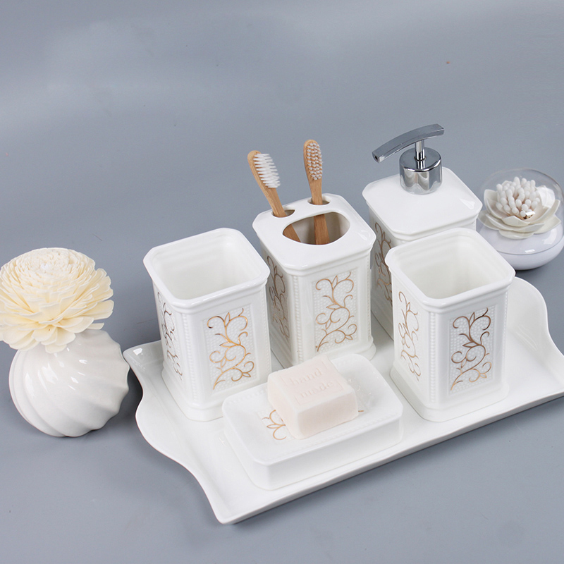 Gold line luxury bathroom accessories set ceramic bathroom for Ceramic bath accessories sets