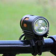New Angel eye USB connected bright bike flashlight cycling light support power bank