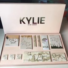 Kylie Jenner <strong>Cosmetics</strong> - Take Me On Vacation Edition Bundle