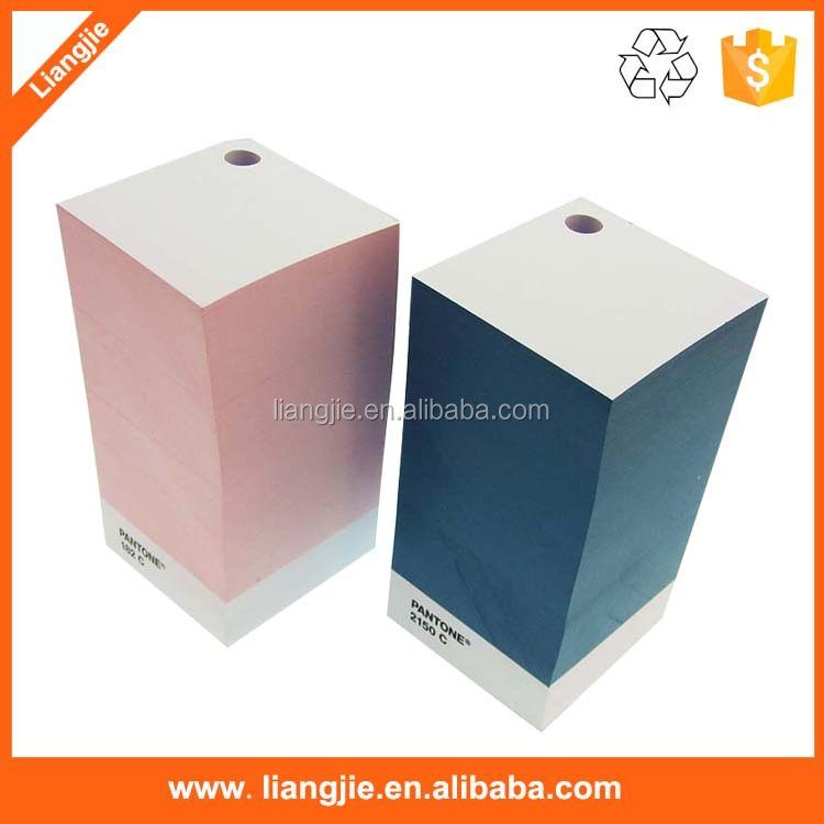 Promotional paper memo cube with pen holder