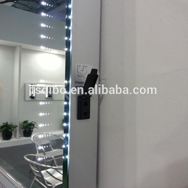 Salle de bains miroir escamotable led r tro clair for Miroir indonesia