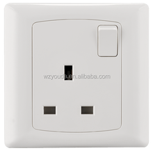 Single outlet 250V 3 pin 13amp socket uk