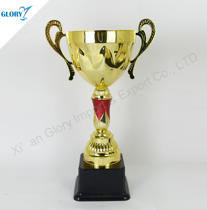 Creative Popular Golden Plastic Promotional Items for World Cup