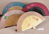 Chinese traditional bamboo hand fan with cloth face