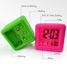 porcelain plastic silicone electronics clock glow in the dark clock