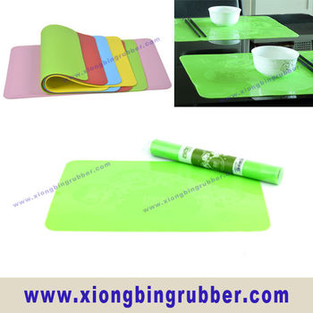 FDA and LFGB Standard Rectangle Food Grade Silicone Dining Table Place Mat With Custom Printing
