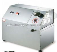 desktop style electric sugar cane juice extractor machinery