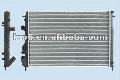 RENAULT LOGAN OEM 8200189288 Car Radiator